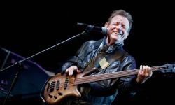 Jack Bruce, baixista dos Cream morre aos 71 anos