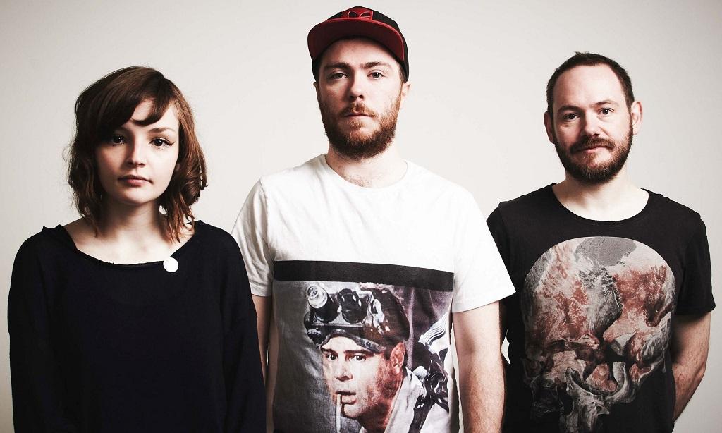 Chvrches editam novo álbum em setembro • Ouve aqui o primeiro avanço 'Leave A Trace'