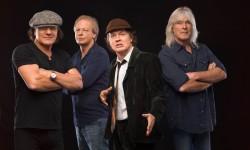 AC/DC regressam a Portugal em 2016