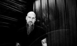 Steve Von Till atua a solo no Amplifest 2016