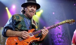 Santana regressa a Portugal para dois concertos