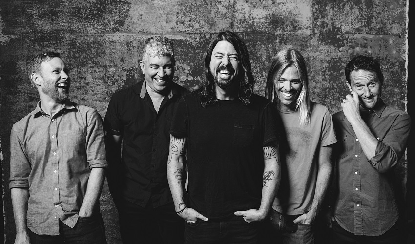 Foo Fighters confirmados no NOS Alive 17